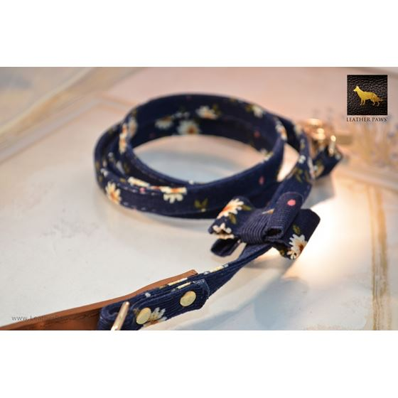 Navy Daisies Bow Tie Leather Leash 2